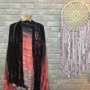 lovestitch // pink black spotted tie dye shawl